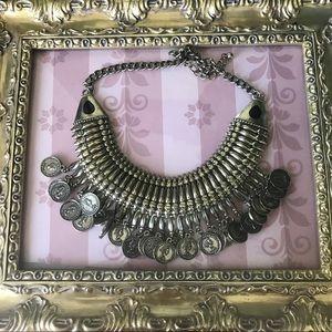 ✨statement women's necklace set✨